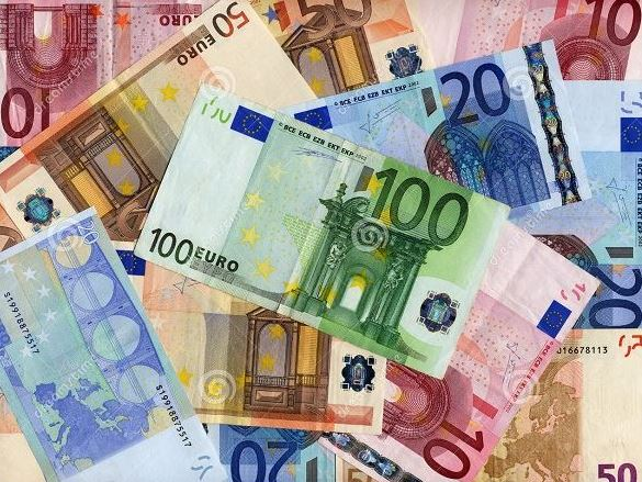 56. Pieniądze